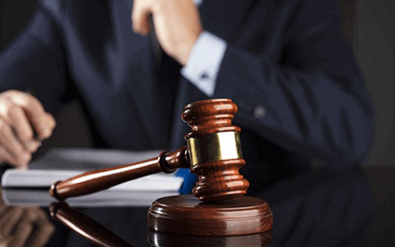 Direito Publico com ênfase em Contratos e Licitações